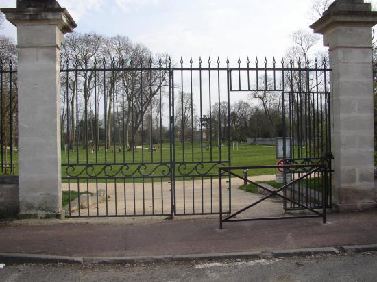 entrée du Parc de Coureilles