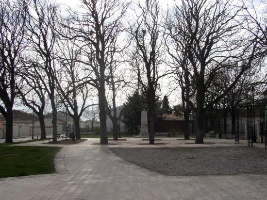 square de l'ancienne mairie