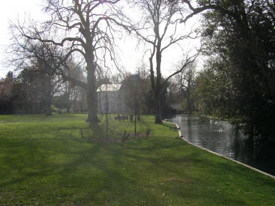 Parc et château de Coureilles